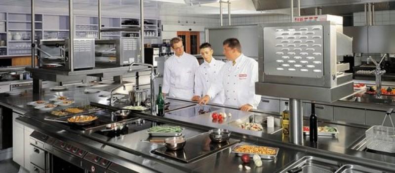 В чем различия жарочных и пекарских печей?