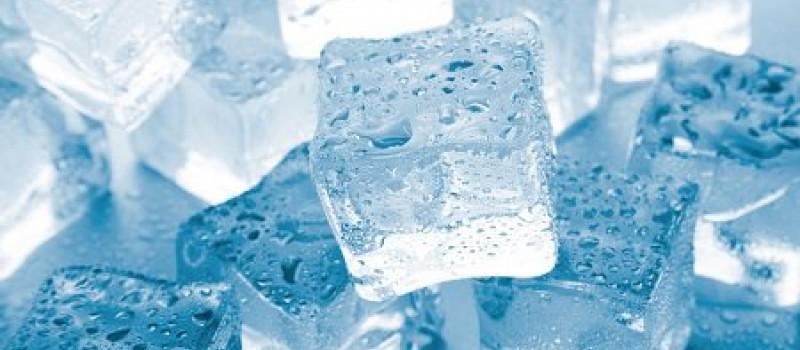 Свойства и виды льдогенераторов для производства льда и фризеры для мороженого.